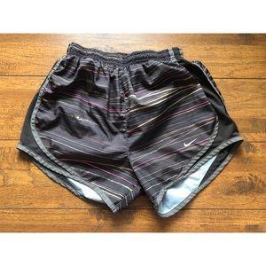 👖 Nike Dri-Fit Short